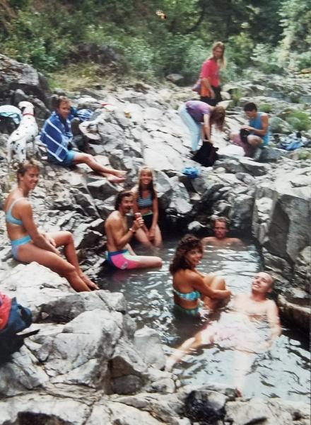 Hood River Baths