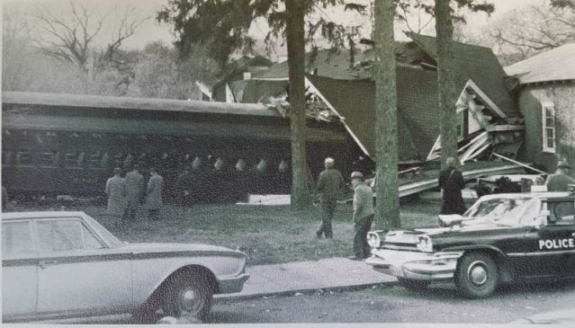 1961 train crash in Gladstone, New Jersey