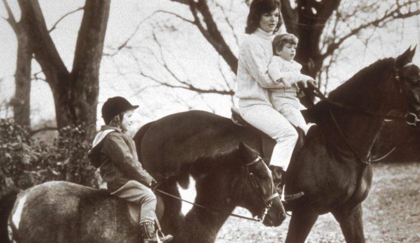 Jackie Kennedy with kids