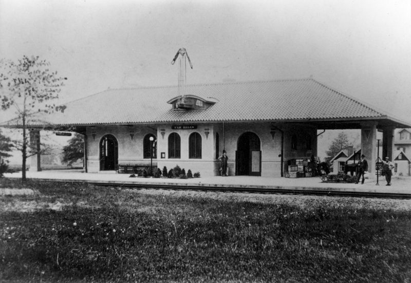1914-the-new-Spanish-revival-train-station-Far-Hills